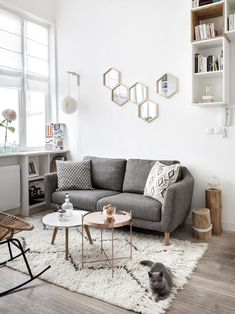 Avant - Après : un mini loft parisien qui a tout d'un grand Ambiance nordique au salon So erstellen Sie ein skandinavisch-böhmisches Wohnzimmer - Die StimmungspaletteRidge Kink Rib Barhocker - orange ZuiverLODG. Home Design Living Room, Small Room Design, Cozy Living Rooms, Home Living, Interior Design Living Room, Living Room Decor, Bedroom Decor, Small Living, Nordic Living Room