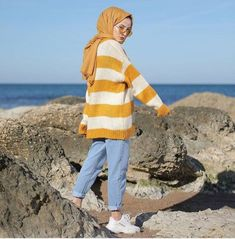 Hijab Style Dress, Modest Fashion Hijab, Modern Hijab Fashion, Street Hijab Fashion, Arab Fashion, Casual Hijab Outfit, Hijab Chic, Fall Fashion Outfits, Muslim Fashion