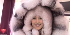 Fox Fur Jacket, Fox Fur Coat, Fur Decor, Fur Clothing, Fluffy Sweater, Vintage Fur, Happy B Day, Fur Fashion, Fur Collars