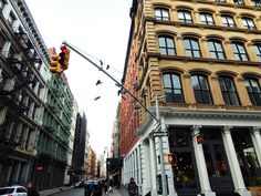 >NYC travel guide: Cinatown, Little Italy, Soho & Rockefeller Centre<