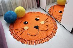 Crochet Rug PATTERN Crochet Bear Nursery Rug Pattern Little Bears Nursery Rugs Crochet Ma Rug in form faces .Bunny bear and owl Crochet Lion, Crochet For Kids, Roses Au Crochet, Bear Rug, Knit Rug, Crochet Carpet, Crochet Rug Patterns, Animal Rug, Nursery Rugs