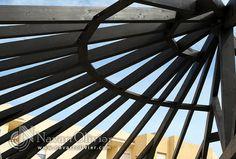 Circulaire bois couleur wengé la structure.
