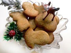 Κουλουράκια Χριστουγέννων με Κανέλα και Πορτοκάλι | womanoclock.gr Christmas Mood, Christmas Nails, Christmas Nail Designs, Christmas Cooking, Cooking Tips, Gingerbread, Diy And Crafts, Muffin, Food And Drink