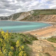 The Dorset cost  #landscapephotography #costalview #cliffs #purbecks #bay #warbarrowbay  #greatsky #greatview #greatplace  #iphone7 #Dorset #uk