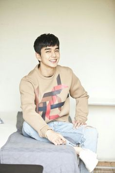Yoo Seung Ho interview post drama Ruler-Master of the Mask Yoo Seung Ho, Handsome Korean Actors, Handsome Boys, Park Bo Gum Moonlight, Best Photo Poses, Comedy Series, Child Actors, Seong, Korean Men