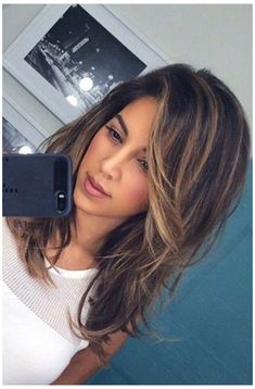 Long Layered Hair With Side Bangs, Medium Hair With Layers, Long Layered Haircuts Straight, Medium Length Hair With Layers Straight, Haircuts For Long Hair With Layers, Long Side Bangs, Highlights For Straight Hair, Bang Highlights, Hair Cuts Straight