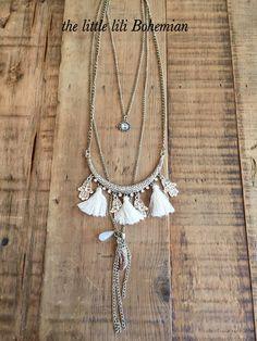 ☆ @iolandapujol littlelilibohemian Boho Necklace, Arrow Necklace, Necklaces, Bead Shop, Bohemian Gypsy, Silver Jewellery, Jewerly, Boho Chic, Fashion Jewelry