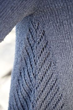 Free pattern by Norah Gaughan Gregale - I like the detail/stitches on the sides of this sweater