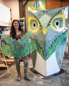 Kasia Mosaics - Stained Glass Mosaic Art, Process and Education by Kasia Polkowska ~ Alamosa, Colorado Mosaic Diy, Mosaic Glass, Stained Glass, Mosaic Ideas, Mosaic Birds, Patio Bar, Tapestry, Sculpture, Ceramics