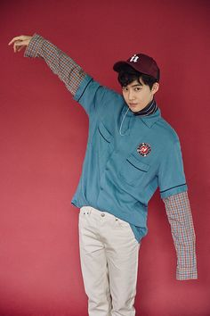 Suho you're cute <3 EXO LUCKY ONE EX'ACT PHOTOSHOOT