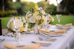 Great-Gatsby-vintage-20s-inspired-wedding-table-centerpiece.jpg (600×399)