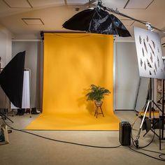 #Setoftheday #WearMedicine #medicine #studio #set #studioanswear #answear Amazing light with @broncolor and @chimeralighting ✨#System❗️ #Lighting #Broncolor #chimeralighting #yellow #BTS #backstage #famousBTSmag