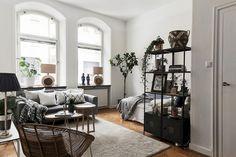 77 Magnificent Small Studio Apartment Decor Ideas (53)