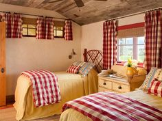Country farmhouse shared bedroom