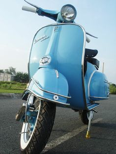 Vespa VBC super What I wouldn't do for a Vespa...