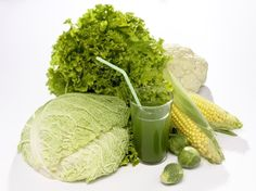 Lekár v pohári? Vyskúšajte zeleninové a ovocné šťavy! Smoothie, Cabbage, Vegetables, Ethnic Recipes, Food, Essen, Smoothies, Cabbages, Vegetable Recipes