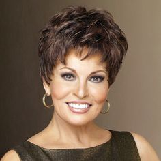 Raquel Welch son | Winner wig, Raquel Welch - Winner wig in Chestnut by Raquel Welch