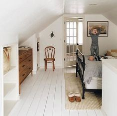 Adorable Attic storage assistance,Attic bedroom lighting ideas and Attic renovation before and after. Upstairs Bedroom, Closet Bedroom, Attic Bathroom, Master Bedrooms, Diy Bedroom, Master Closet, Trendy Bedroom, Bedroom Modern, Bedroom In Attic