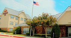 Residence Inn Dallas DFW Airport North/Irving Irving Located in Irving, Texas, this Marriott hotel provides shuttle service to/from Dallas/Fort Worth International Airport.  It features flat-screen TVs in guest rooms and an outdoor pool with a hot tub.