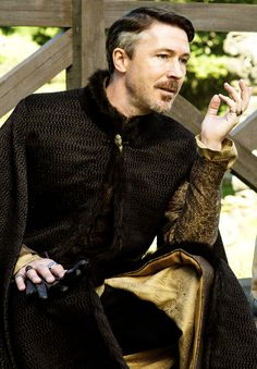 Petyr Baelish in The Wars To Come, s5, Game of Thrones.