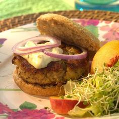 Crab Cake Burgers  These burgers have a true crab flavor that isn't masked by fillers or strong seasoning. Serve on a bun with tartar sauce or with a lemon-juice-dressed salad of greens, sprouts and sliced peaches. This recipe works best with convenient pasteurized crabmeat, usually found in the refrigerated case near the fish counter. If you prefer lump crabmeat, cut it into small, uniform pieces. INGREDIENTS 1 pound crabmeat 1 egg, lightly beaten 1/2 cup panko breadcrumbs, (see Note) 1/4…
