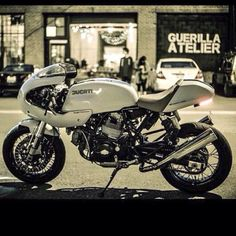 "six3seven: ""Shared from 'silvia_72_' on instagram: Ducati http://ift.tt/1GdAonC –Please leave credits intact– """
