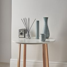 Another lifestyle shot from a recent ceramics shoot for a talented ceramicist. Still Life Photography, Creative Photography, Photographic Studio, Studio Lighting, Creative Industries, Ceramic Artists, Creative Studio, Interior Styling, Glass Art