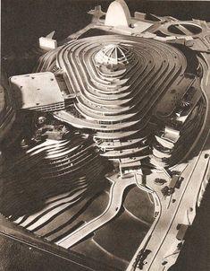 El Helicoide fue un proyecto para un centro comercial de la iniciativa privada, arquitectos: Jorge Romero Gutiérrez, Dirk Bornhorst y Pedro Neuberger.