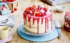 To celebrate the Patron's Lunch on June 12th 2016,try Edd Kimber's tasty version of an Eton Mess Cake Recipe.Visit BakeWithStork today!
