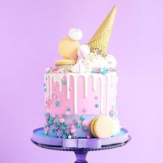 Birthday cake idea, perfect for a sweet sixteen party 🎶 Pretty Cakes, Beautiful Cakes, Amazing Cakes, Cupcakes, Cupcake Cakes, Bolo Cake, Candy Cakes, Ice Cream Party, Drip Cakes