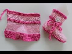 Construction of Two Color Baby Boots with Two Bottles - Babykleidung Baby Knitting Patterns, Knitting For Kids, Hand Knitting, Knitted Baby Clothes, Knitted Hats, Baby Girl Boots, Mode Blog, Second Baby, Crochet Slippers