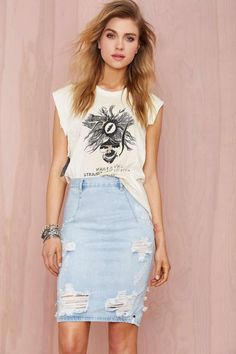 You know we love cutoffs, but this denim pencil skirt by One Teaspoon is the perfect alternative for days you want to change it up.