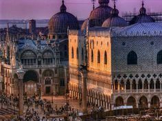 Palacio Ducal y Basílica de San Marcos en Venecia.