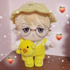 Set A : Prince JIMIN doll+ hat+ glasses+white Tshirt+rompers+bag. set B : Wronged JIMIN with clothes as the picture shown. set C: Maknae line Z JIMIN with clothes as the picture shown. Set F: Heart Jimin+hat+clothes. Pop Dolls, Cute Dolls, Plush Dolls, Doll Toys, Children's Toys, Baby Dolls That Cry, Realistic Baby Dolls, Kawaii Doll, Toddler Dolls