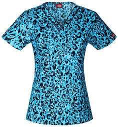 Subtle details add sporty style to the Everyday Scrubs Signature by Dickies Women's V-Neck Animal Print Scrub Top. Shaping darts create a streamlined silhouette with a woven neckline for extra detail. Scrubs Outfit, Medical Scrubs, Nurse Scrubs, Scrub Pants, Scrub Tops, Sporty Style, Work Wardrobe, V Neck Tops