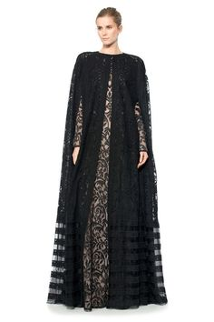 From our New York Fashion Week runway to your evening wardrobe, our elegant evening cape will surely turn head's when you make your grand entrance (and exit! Islamic Fashion, Muslim Fashion, Modest Fashion, Hijab Evening Dress, Hijab Dress, Mode Abaya, Mode Hijab, Caftan Dress, Cape Dress