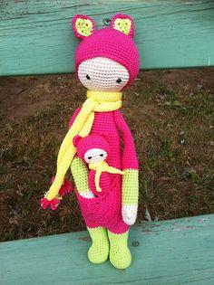 KIRA the kangaroo made by gwenbouchon / crochet pattern by lalylala
