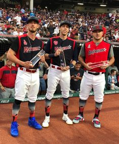 Belli, Yeli and Trout received the most votes for the All-Star game. Dodgers Baseball, Sports Baseball, Baseball Photos, Mlb Players, Baseball Players, Kobe Bryant Michael Jordan, Dodgers Nation, Dodgers Girl, Cody Bellinger