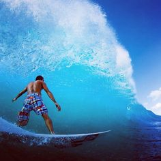 #surf #surfer #surfing #surfergirl #extreme #wave #ocean #ingravidos II