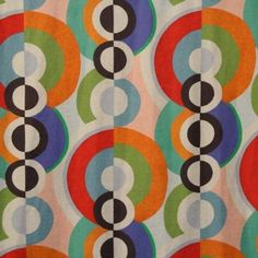 Tribute to Delaunay with this Sofia Fabric by the french textile editor Destombes. On Etoffe.com