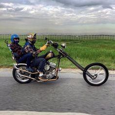 Harley Davidson News – Harley Davidson Bike Pics Motorcycle Couple, Chopper Motorcycle, Motorcycle Travel, Harley Davidson Custom Bike, Harley Davidson News, Harley Davidson Motorcycles, Custom Bobber, Custom Bikes, Biker Photos