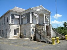 Mandeville Court House