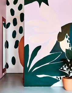 The Design Files - 'Variety Hour' On Gertrude Street - photo, Caitlin Mills Mural Wall Art, Painted Wall Murals, Kids Wall Murals, Classic Home Decor, Classic House, The Design Files, Wall Design, Design Design, Street Art