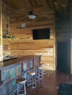 Barndominium - cabinets, wall