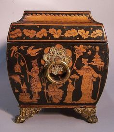 Large Antique Regency Chinoiserie Pen-work Tea Caddy, c. 1820, side view