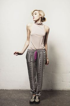 PENCEY. T Neck in Blush Pant in Geo Print