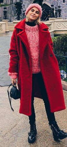 winter outfit idea : red fur coat + hat + knit sweater + bag + skinnies + boots