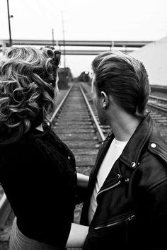 Greaser Hair For Men - 40 Rebellious Rockabilly Hairstyles - .- Greaser Hair F. Rockabilly Couple, Rockabilly Moda, Rockabilly Fashion, Rockabilly Rebel, Teddy Boys, Ducktail Haircut, Greaser Style, Greaser Girl, Poses Photo