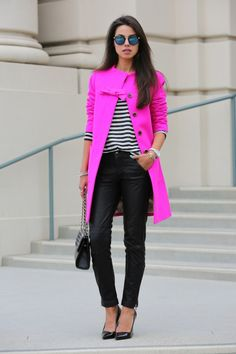 love the pop of bright pink against black skinny jeans and a striped top