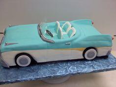 Blue convertible cake Farm Cake, Home Meals, Lush Garden, Cut Flowers, Hens, Indoor Plants, Convertible, Cakes, Handmade